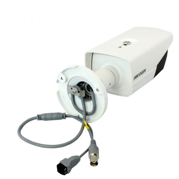 Camera-ip-hong-ngoai-DS-2CD2T22WD-I8-1